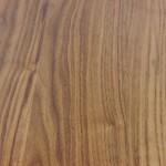 Esstisch aus Nussbaum - Oberfläche